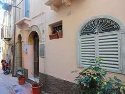 Finished, three bed town house in the old part of Lanciano