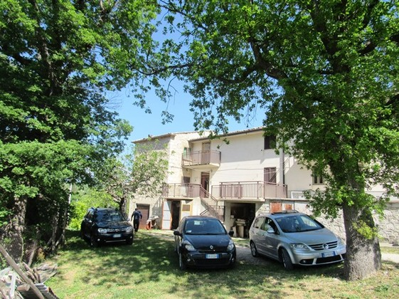 Country, stone, cottage, 180sqm, habitable, garden, garage, open mountain views 6 bedrooms