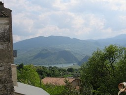 4 bed, habitable, town house with fantastic mountain and lake views from 20sqm sun terrace. 1