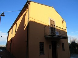 Finished, detached, 3 bedroom, 210sqm, in the center of Lanciano, with garage and fantastic views.1